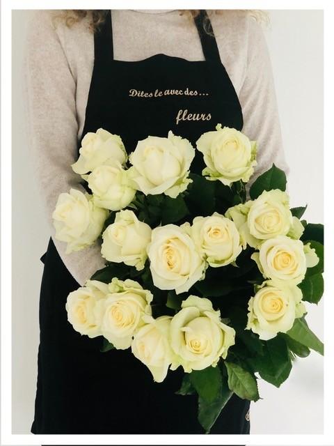 Bouquet de roses blanches 70 CM